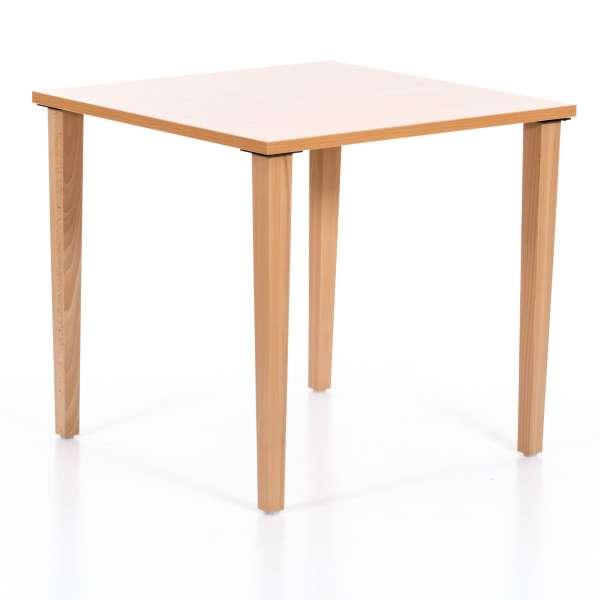 Unterfahrbarer Tisch für die Rollstühle oder Pflegesessel